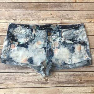 American Eagle acid wash floral denim shorts Sz 10